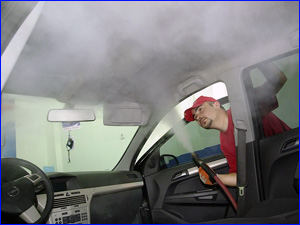 чистка салона автомобиля паром