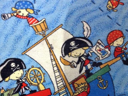 Результат чистки коврового покрытия в детской комнате